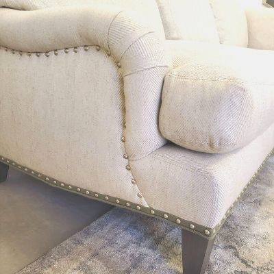 Sofa Details: How to Pick the Perfect Extra Touches